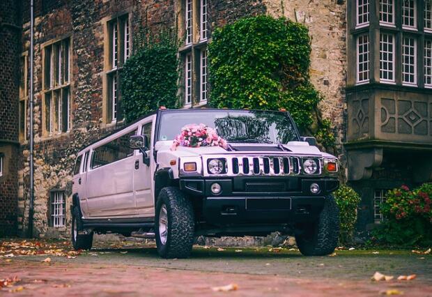 成都租婚车多少钱?