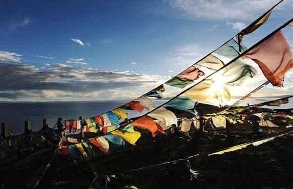 成都自驾到西藏拉萨