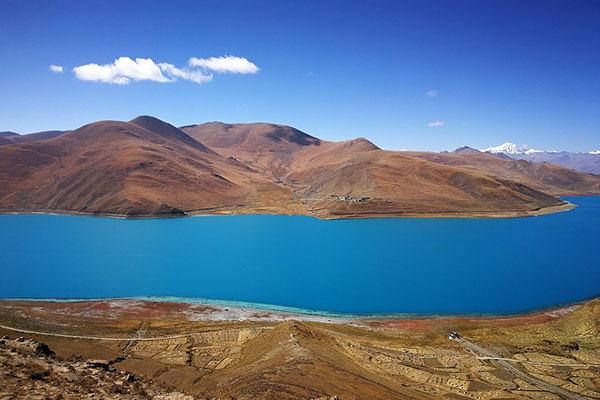 西藏羊卓雍措