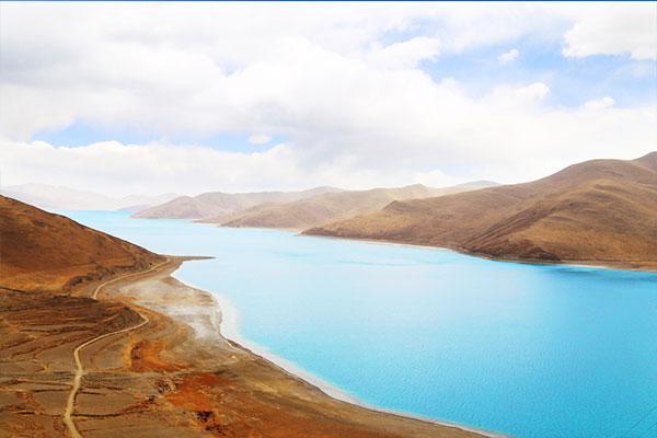 成都到西藏旅游包车攻略