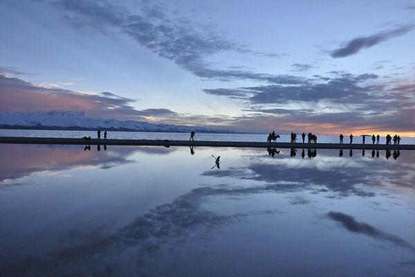 成都包车去西藏旅游