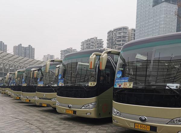 成都租车30座大巴车