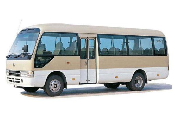 成都租中巴车丰田考斯特23座价格费用多少钱
